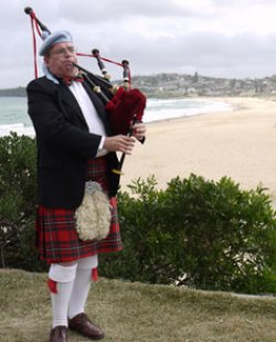 Sydney Bagpiper - Dave The Wild Scotsman - Bagpipe Player